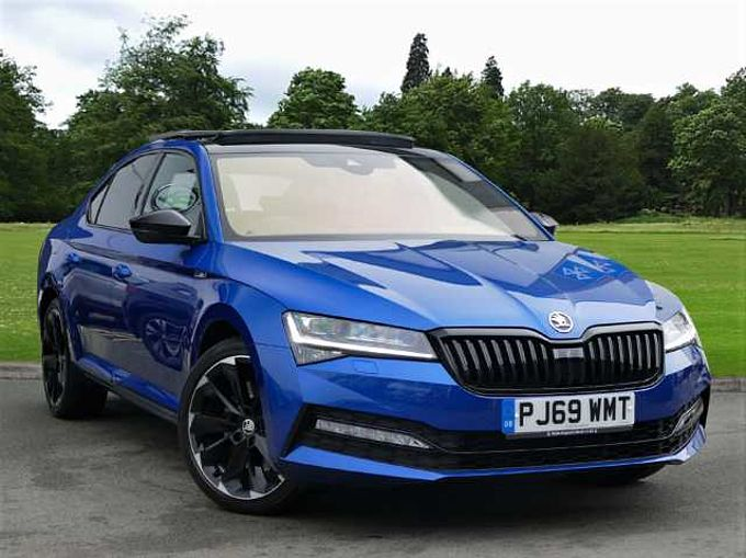 SKODA Superb 2.0 TSI (272ps) 4X4 SportLine DSG Hatchback